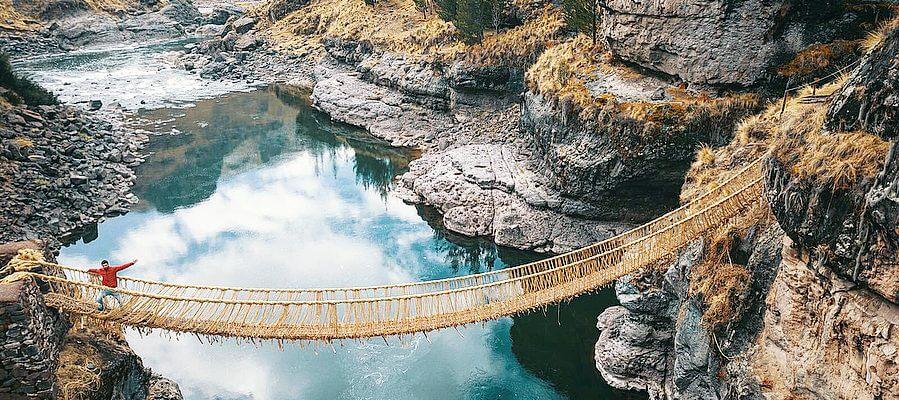 Tour 4 lagos + Puente Inca Q'eswachaka