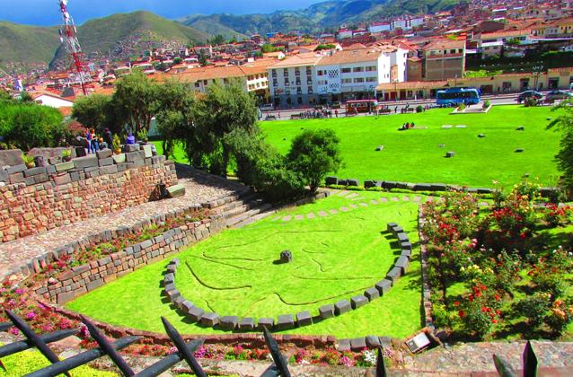 cusco-city-tour-coricancha-gardens