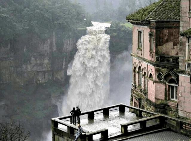 Visite des cascades de Tequendamita + El Peñol + Guatape au départ de Medellin